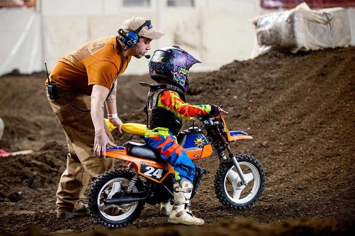 5 motivos porque seu filho deveria treinar motocross ad784df253