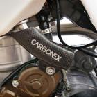 Protetor da Mangueira de Inje��o KTM 250/350 Carbonex